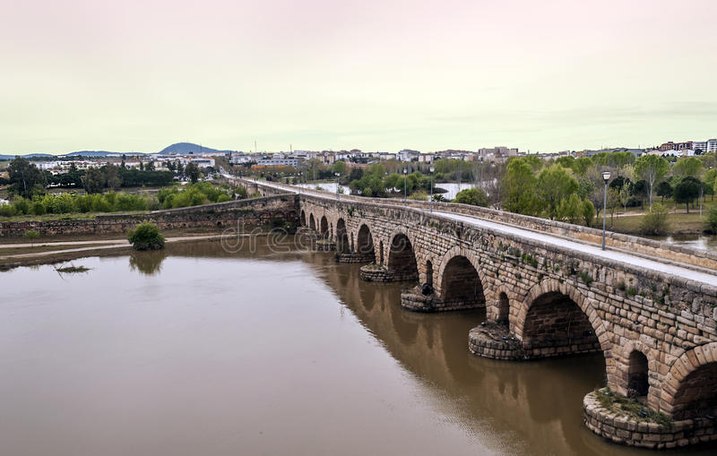 Römische Brücke von Emerita Augusta stockbild