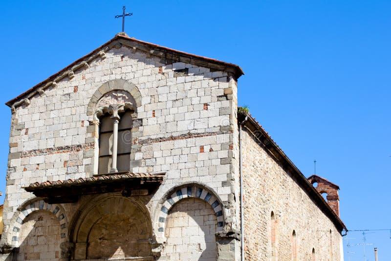 Römische Kirche lizenzfreies stockfoto