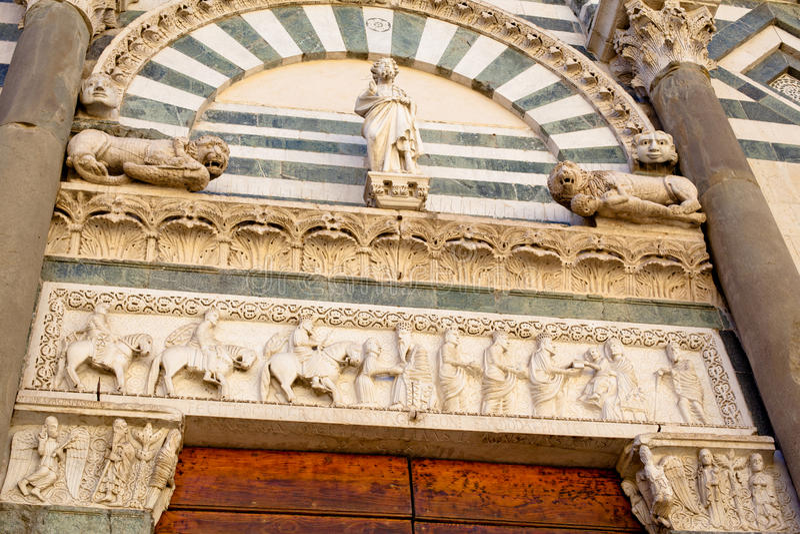 Römische Kirche stockfotos