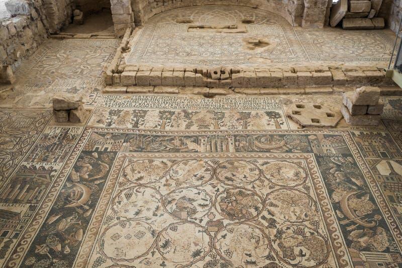 Römische Ruinen des Mosaiks, Um AR-Rasas, Jordanien stockbild