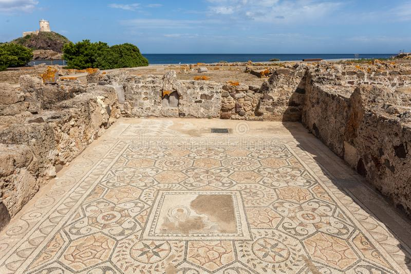 Römische Ruinen mit Mosaik lizenzfreie stockfotos