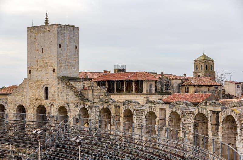 Römischer Amphitheatre in Arles - UNESCO-Welterbe lizenzfreie stockfotografie