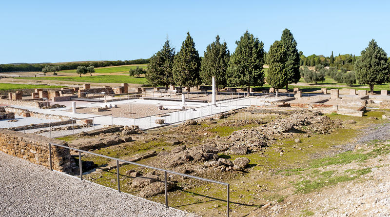 Download Römisches Archäologisches Bleibt Stockfoto - Bild von draußen, straße: 27727094