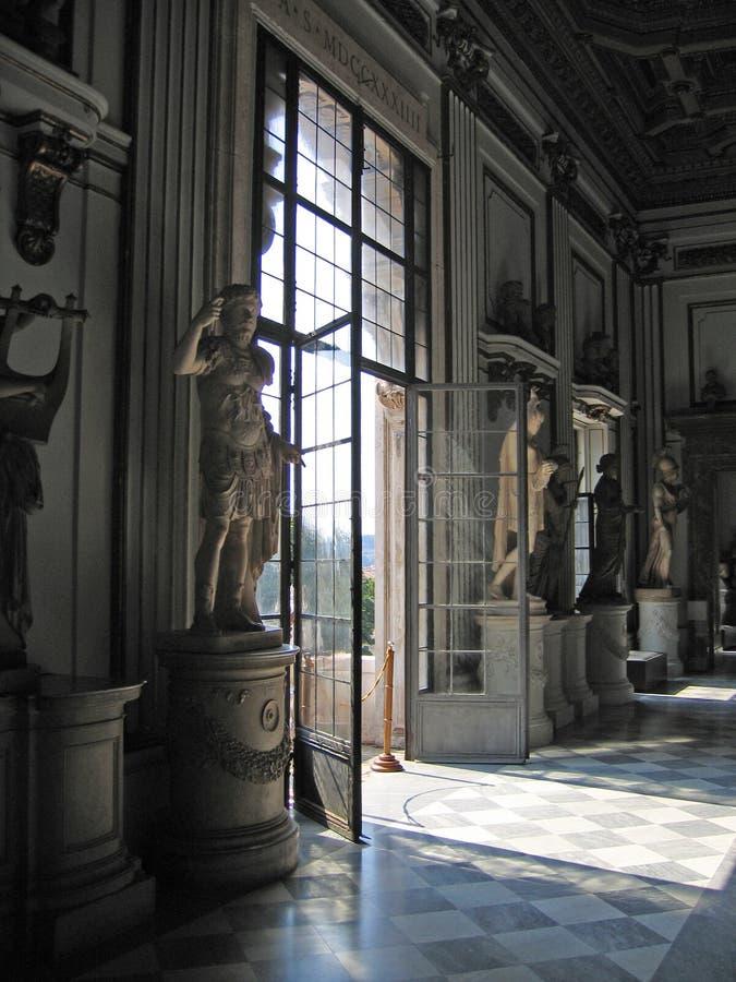 Römisches Fenster stockfotos