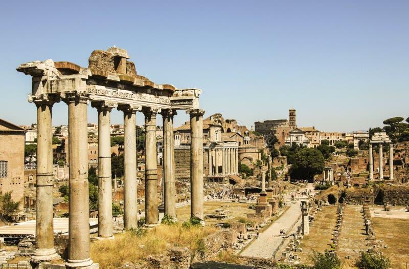 Römisches Forum in Rom, Italien lizenzfreie stockbilder