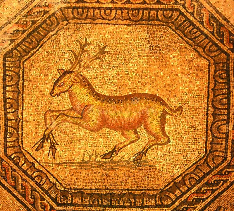 Römisches Mosaik eines goldenen Hirsches lizenzfreies stockbild