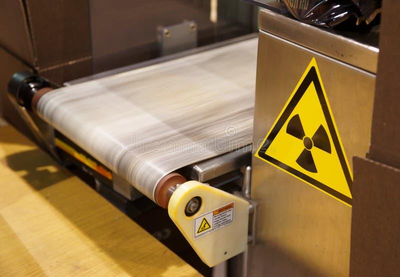Röntgenstrahlqualitätskontrolleeinheit stockfoto