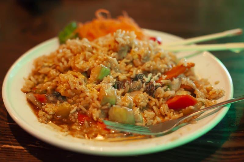 Rör Fried Rice och Veggies royaltyfri fotografi