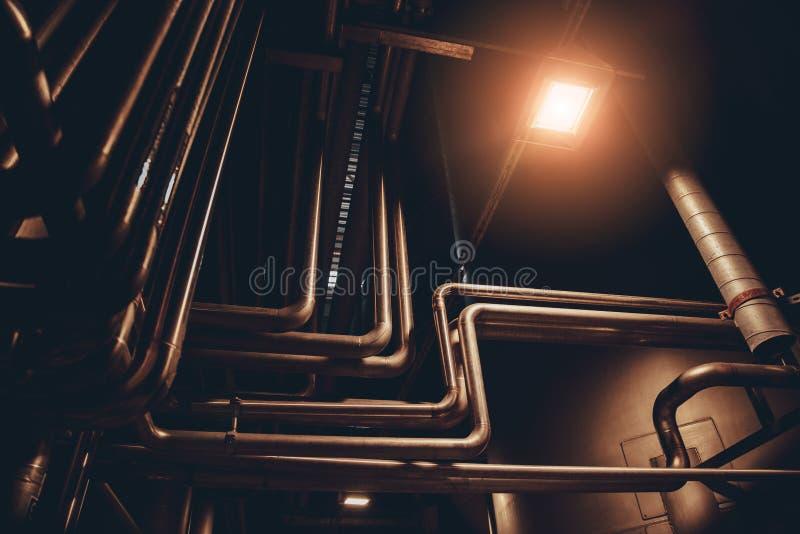 Rörledningsystem i mat, drink eller den kemiska fabriken för del- leverans royaltyfri bild