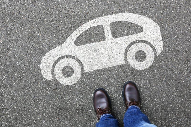 Rörlighet för stad för trafik för gata för medel för manfolkbil royaltyfria bilder