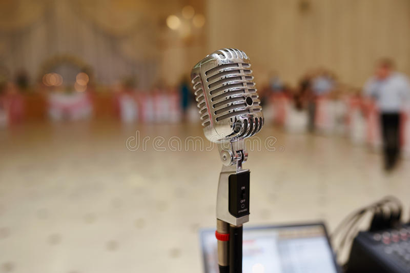 Röst- mikrofon på bröllop royaltyfria foton