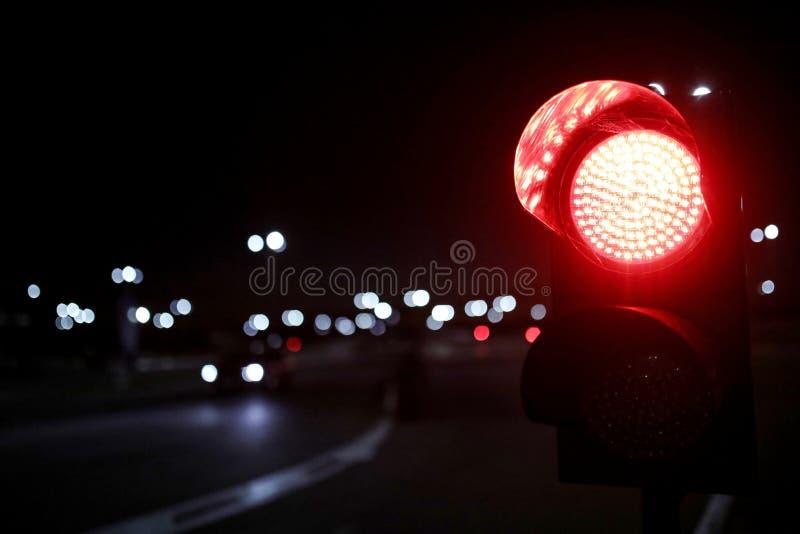 Rött ljus royaltyfria bilder
