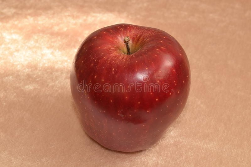 rött moget för äpple arkivfoton