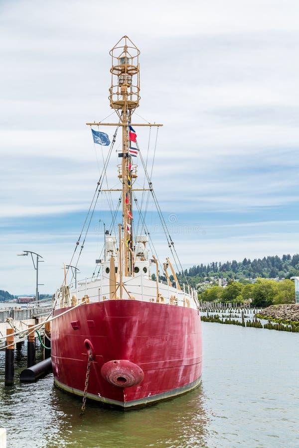 Rött skepp i Oregon royaltyfri bild