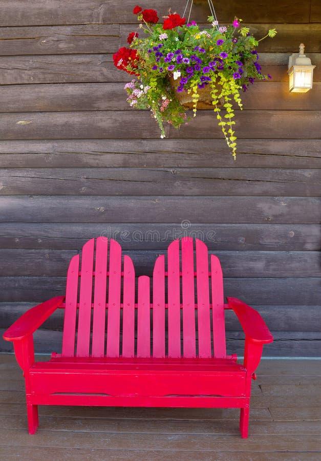 rött trä för stol royaltyfria foton