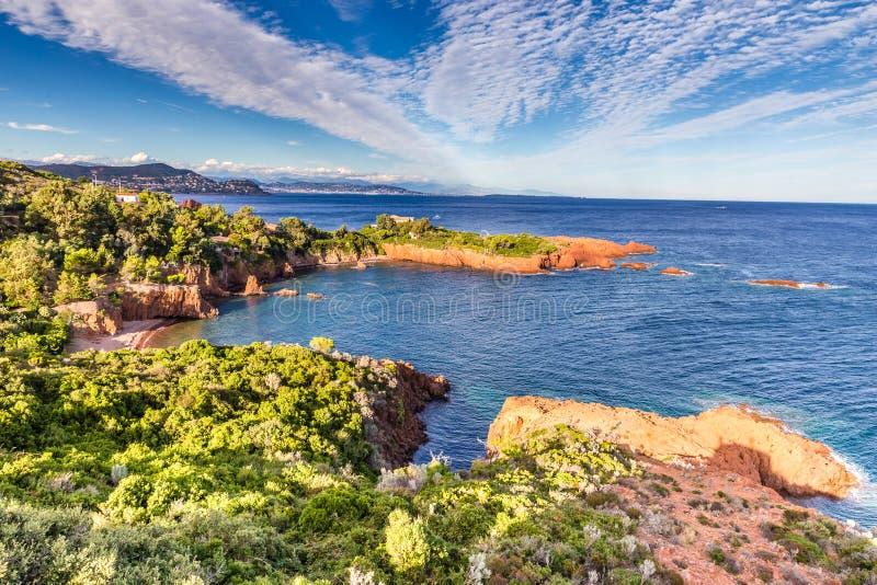 Rött vaggar av Esterel Massiv-franska Riviera, Frankrike royaltyfri bild