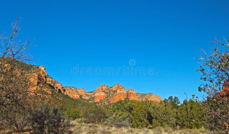 Rött vaggar bergskedja fotografering för bildbyråer