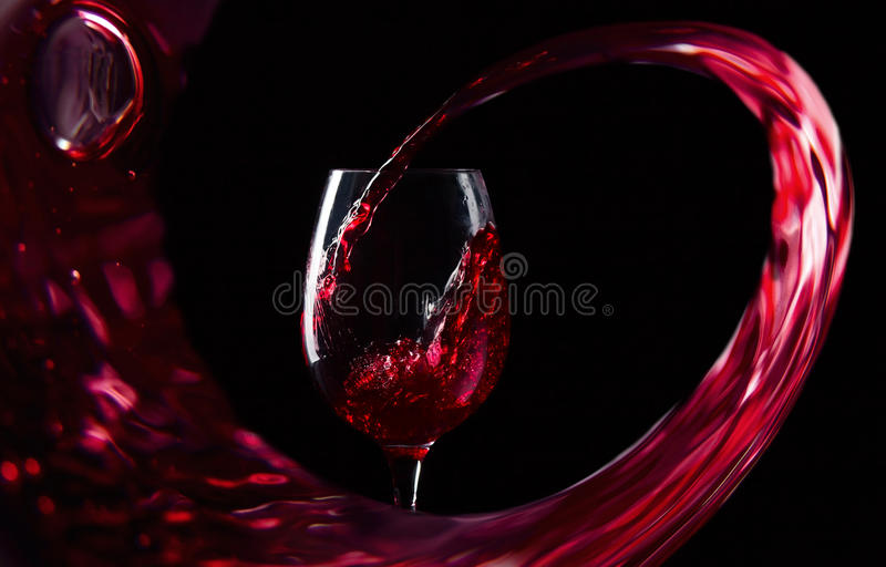 Rött vin arkivfoton