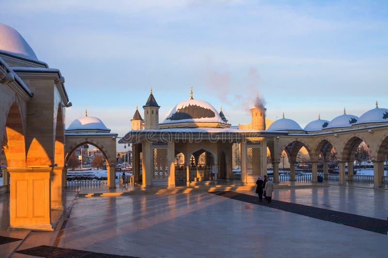 RÚSSIA, Chechnya, Grozniy - 5 de janeiro de 2016:- mesquita principal da república chechena - coração de Chechnya fotografia de stock royalty free