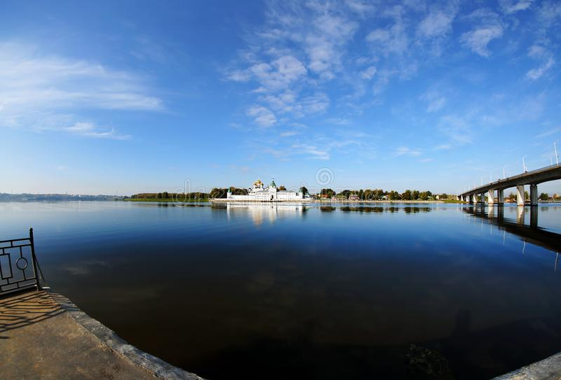 Rússia, cidade de Kostroma, monastério de Ipatievsky fotografia de stock