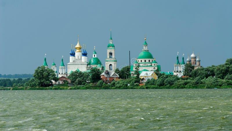 Rússia. Cidade de Rostov o grande. Anel dourado fotos de stock