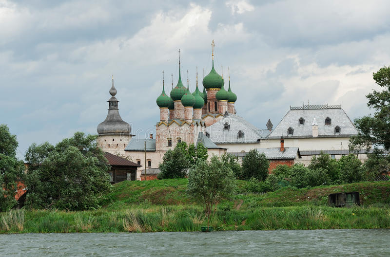 Rússia. Cidade de Rostov o grande. Rostov Kremlin. imagens de stock