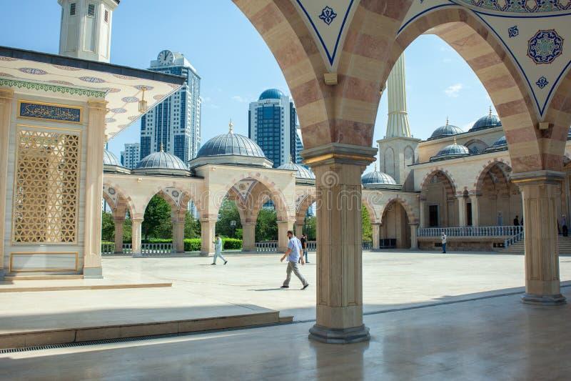 Rússia República chechena Cidade de Grozny 1º de setembro de 2017 foto de stock royalty free