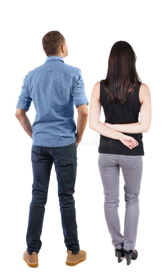 Rückansicht des Paares schöne freundliche Frau und Mann zusammen stockfotografie