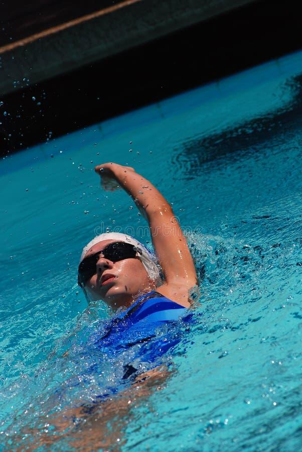 Rückenschwimmen-Schwimmer stockbilder