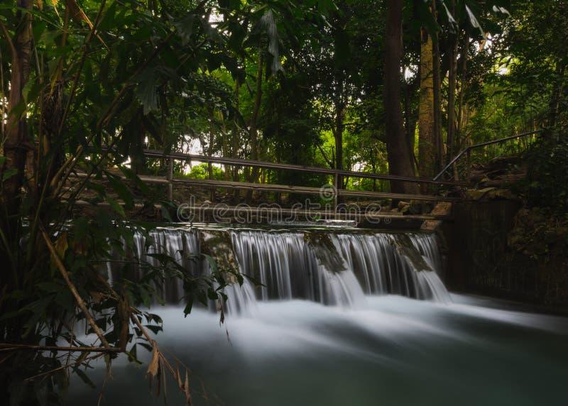 Rückhaltedamm, am khao Yai, Thailand lizenzfreies stockbild