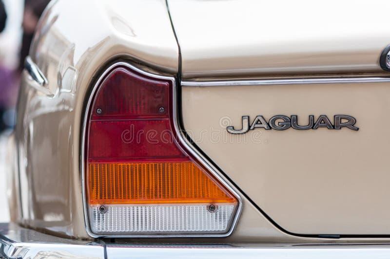Rücklichter von alten Jaguar lizenzfreie stockbilder