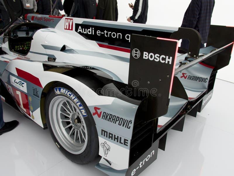 Rückseiten-Ansicht Audis ETron R18, mit Verderber lizenzfreie stockbilder
