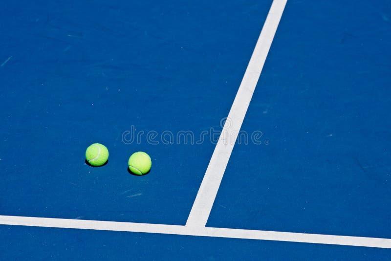 Rücksortierung-Tennis-Klumpen stockfotografie