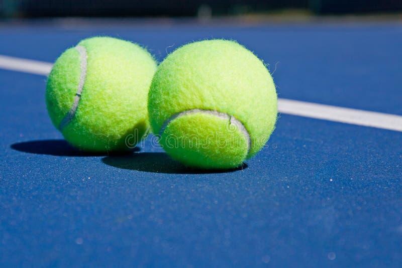 Rücksortierung-Tennis-Klumpen stockfoto