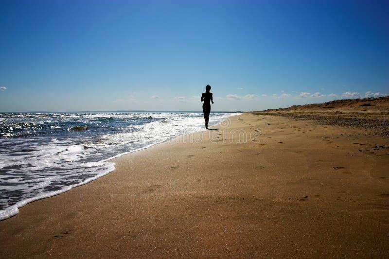 Rütteln auf dem Strand lizenzfreie stockbilder