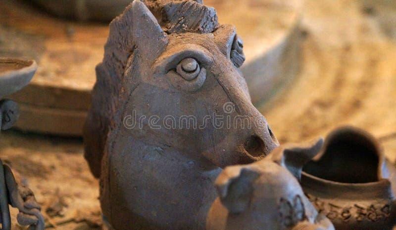 Ręcznie robiony gliniana końska głowa fotografia stock