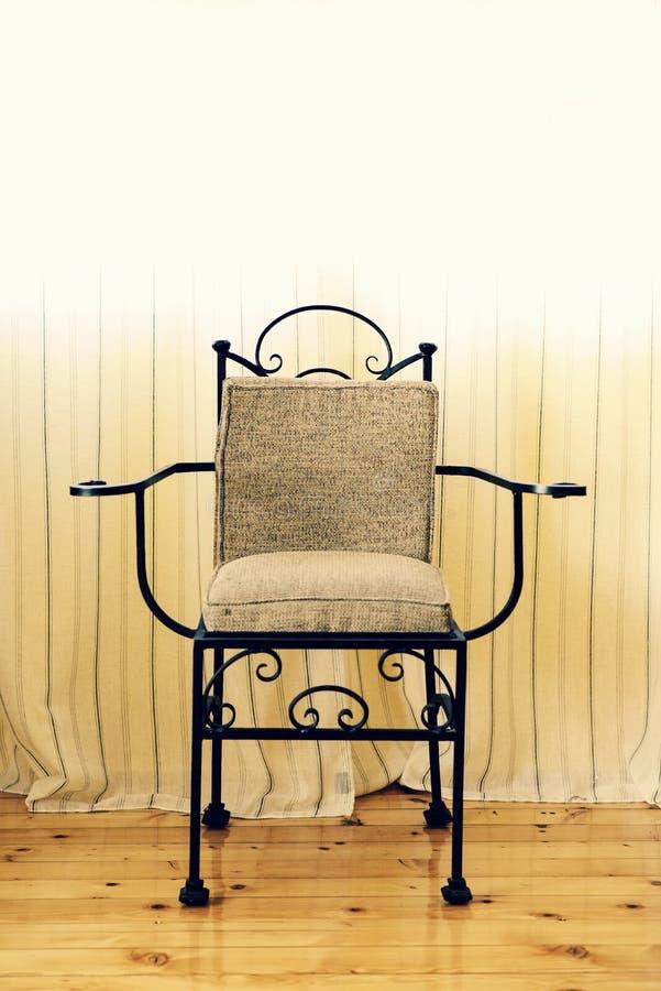 Ręcznie robiony krzesło dokonany żelazo fotografia stock