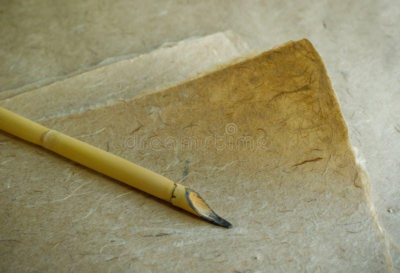 Ręcznie robiony papier i stylus obraz royalty free
