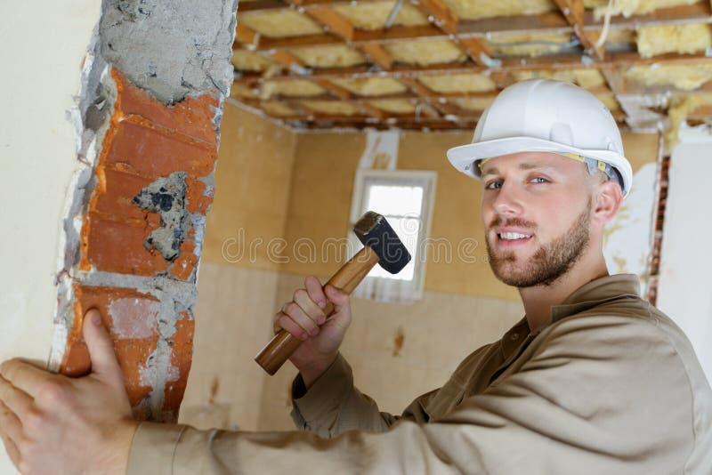 Ręczny pracownik z młotem obrazy stock