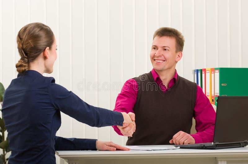 ręk biznesowi ludzie trząść pomyślni dwa obrazy stock