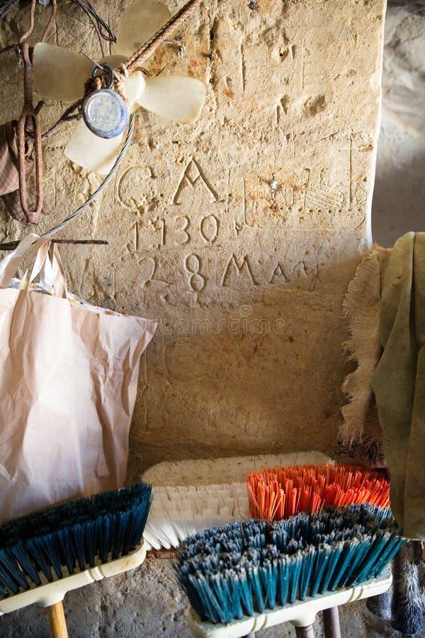 1930 ręk Writing na Gozo wyspy wapnia ścianie obraz royalty free