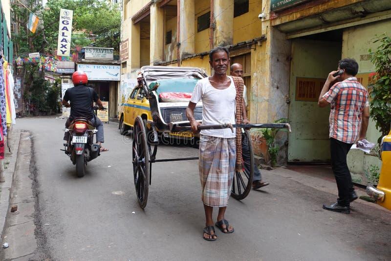 Ręka ciągnący riksza Kolkata fotografia stock