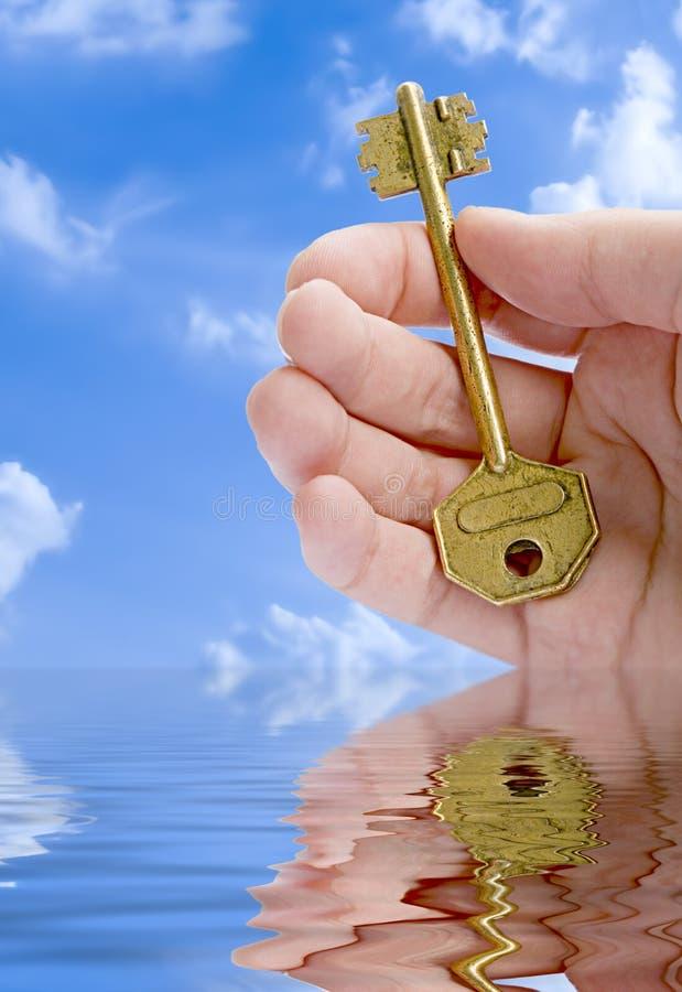 ręka dać klucz fotografia royalty free