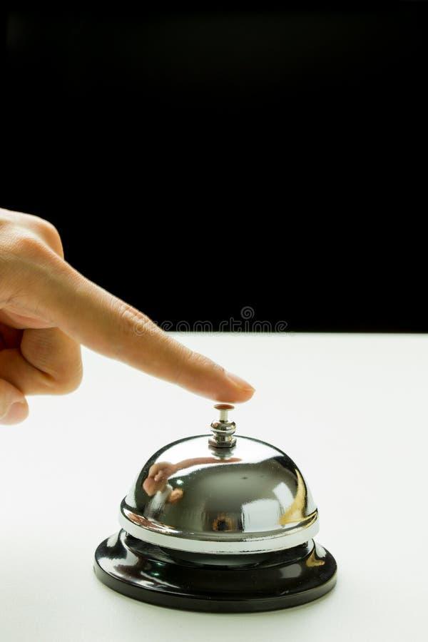 ręka dzwonkowa ringu rwith kobieta fotografia royalty free
