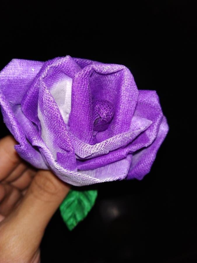 Ręka Wykonujący ręcznie kwiat obraz royalty free