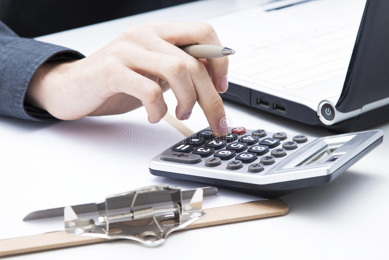 ręka z kalkulatorem zdjęcia royalty free