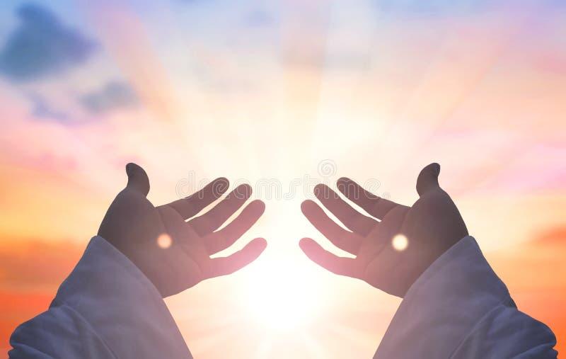 Ręki jezus chrystus sylwetka obrazy stock