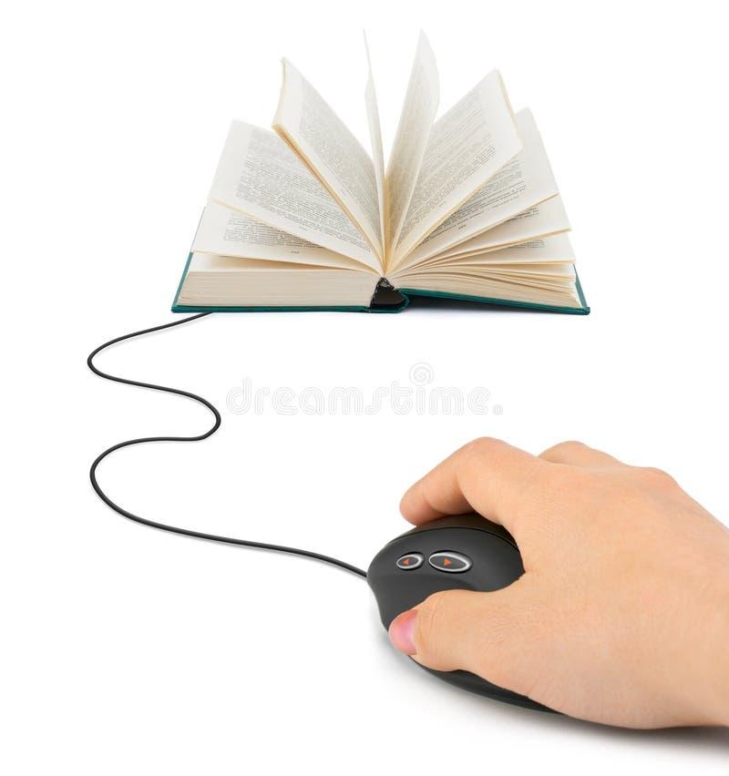 ręki książkowa komputerowa mysz zdjęcia royalty free