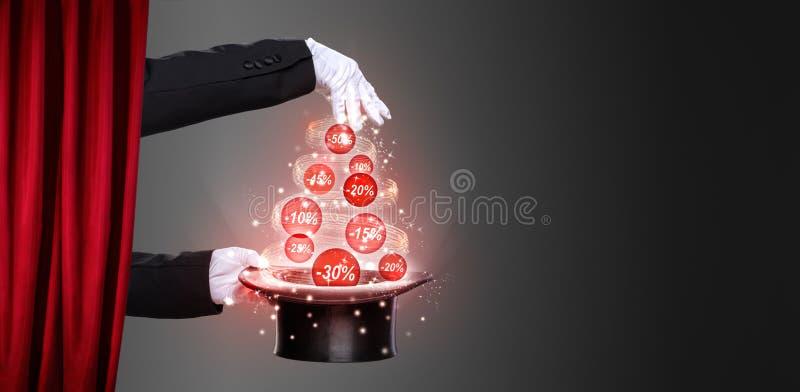 Ręki odgórny kapelusz na scenie i magik fotografia royalty free