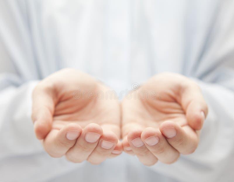 ręki otwierają zdjęcia stock